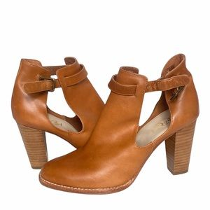 Candela Austin Anthropologie Leather  Booties 8.5